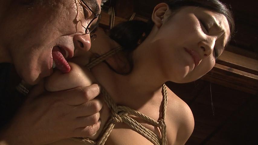 『義父から婿に払い下げられて』 褌緊縛母娘奴隷 本真ゆり の画像19