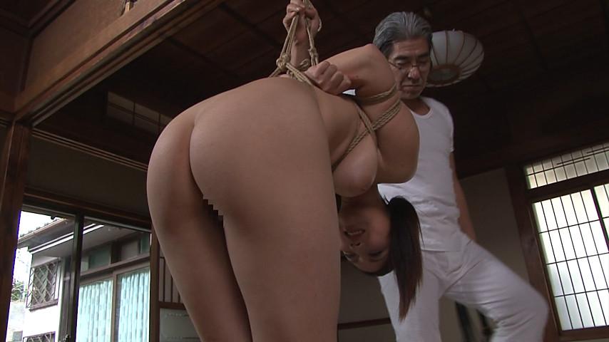『義父から婿に払い下げられて』 褌緊縛母娘奴隷 本真ゆり の画像5
