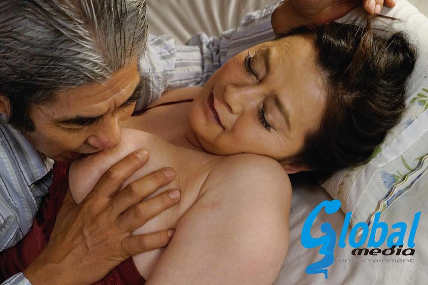 熟年夫婦の密着濃厚交尾 20人 4時間