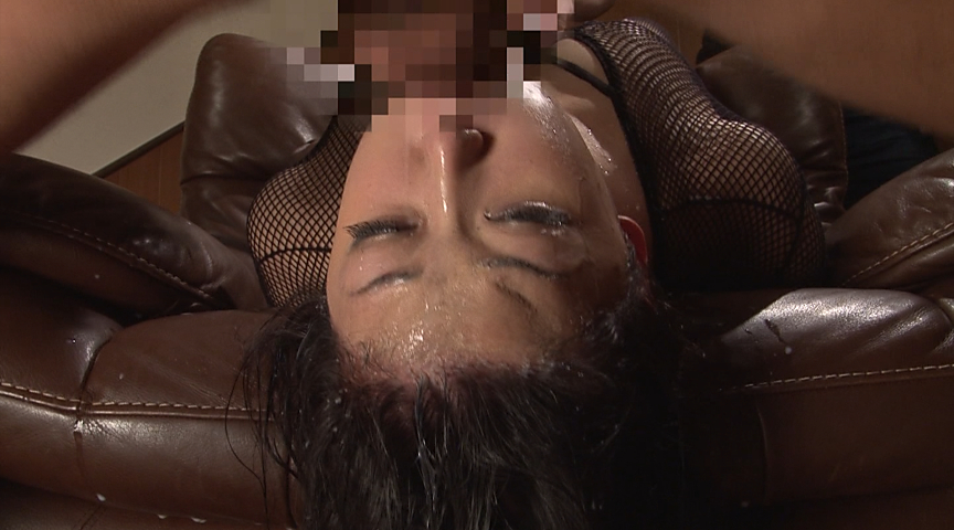 美少女涙目ゲロイラマチオ