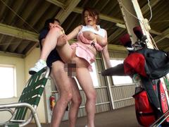 セクハラレッスンで有名なゴルフ場に通いつめる奥様たち2