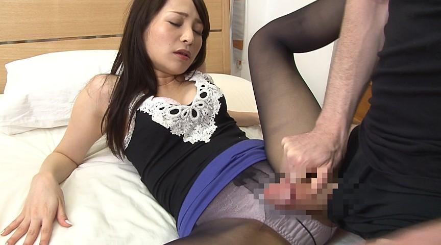 黒パンストSTYLE ~黒いパンストで誘惑する美脚美女~ 画像 10