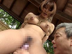 綾瀬みなみ:ドM巨乳女林間全裸廃棄