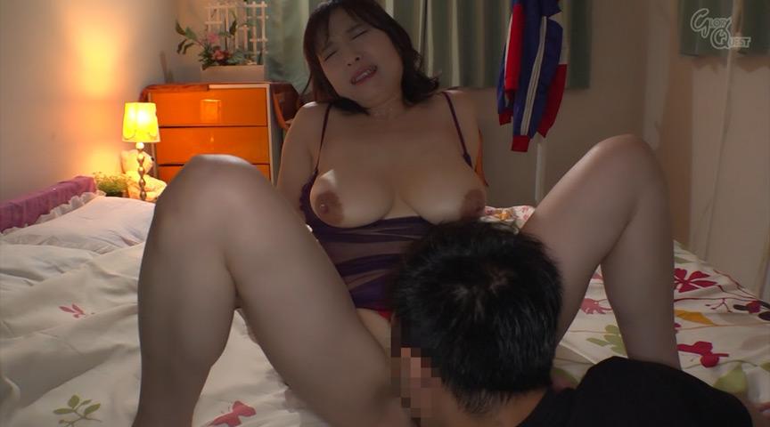 姑の卑猥過ぎる巨乳を狙う娘婿 時田こずえ 画像 8