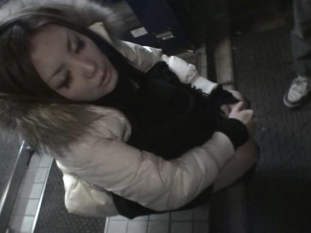 酒を飲み過ぎてフラフラしている泥酔女たち 渋谷界隈編のサンプル画像