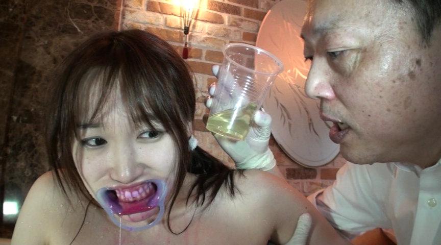 咀嚼・唾液・鼻水・尿・汗・精飲 JK体液¥交 白石陽菜 の画像1