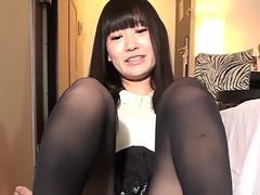 【縦動画】DL限定!スマホ推奨縦イチ動画 踏み踏みM男狩り三連発! 愛乃ねこ