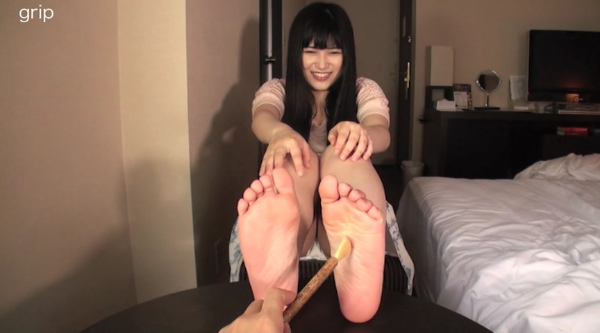 パンスト足裏フェチの美少女変態晩餐会 神楽アイネ 画像 7