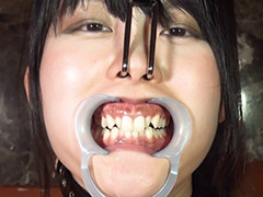 重厚な唾吐き顔舐めと鼻フック口腔デストロイ