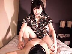 捕虜M男絶叫!!くすぐり女ゲリラ 早川瑞希