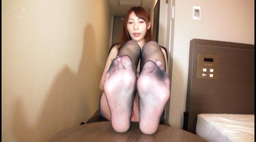 高身長美脚痴女 足裏くすぐりと足コキ電気アンマ 黒の章 画像 2