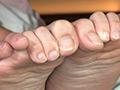 GRAV-312 大人しめ清楚系美人OL美しい足裏と足コキ電気アンマ 無料画像0