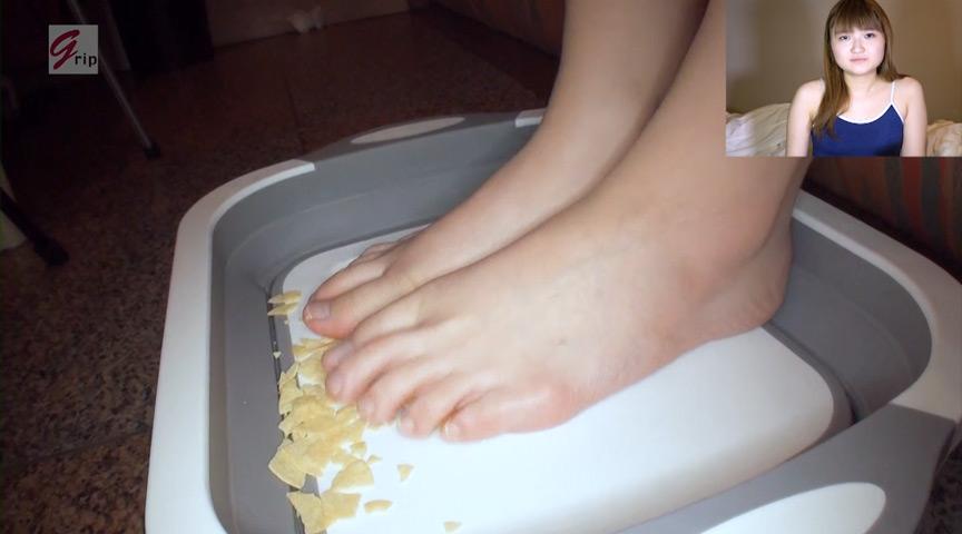 踏み踏みフードクラッシュ足指器用ガール編 画像 6