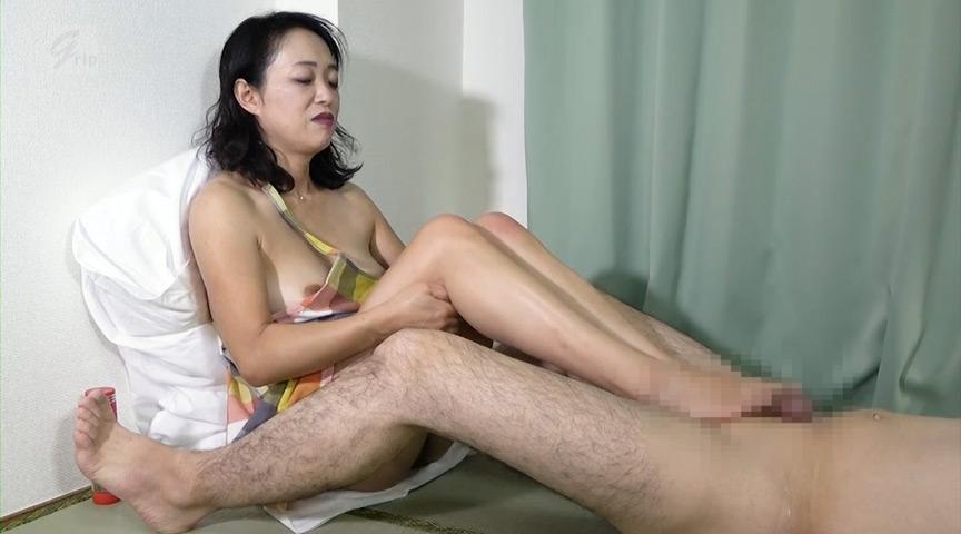 IdolLAB | gripav-0512 美人妻と旦那の帰宅まで白昼自宅密会!踏み踏み自宅不倫