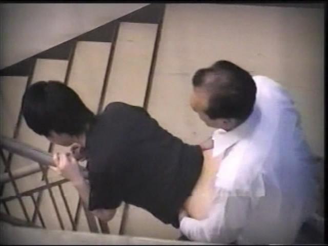 素人カップルのセックス意識調査と称して盗撮のサンプル画像