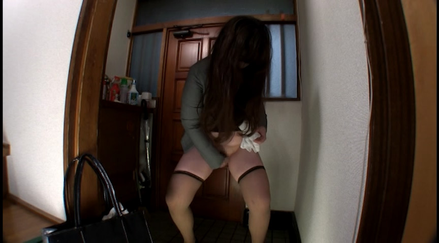 おトイレお願いしますっ! 玄関小便もらしパニック 画像 3