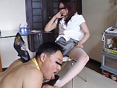 デパガ女王様の汚れたパンプスに踏まれる為東京から来た馬鹿犬