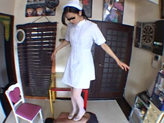 M男:ナース様の専属床にされ容赦なく踏まれるセクハラ患者