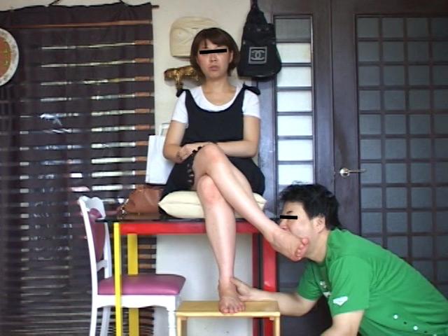 美味しいナマ足舐め尽し 其の7 26歳OLの超臭い25cmデカ足 の画像7
