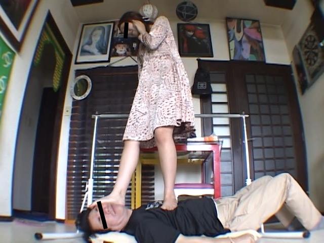 エロくてSなメンズマッサージ嬢の絶妙なナマ足責めにメロメロ の画像4