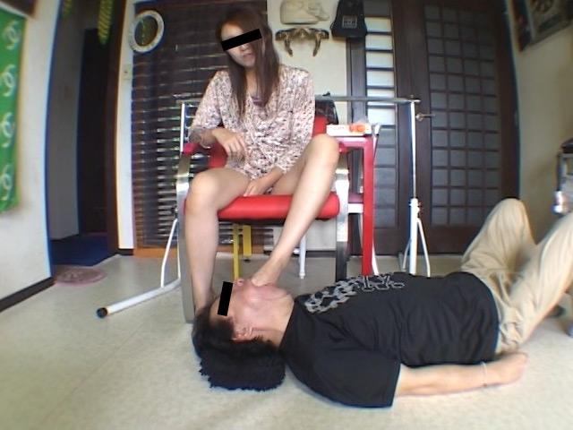 エロくてSなメンズマッサージ嬢の絶妙なナマ足責めにメロメロ の画像11
