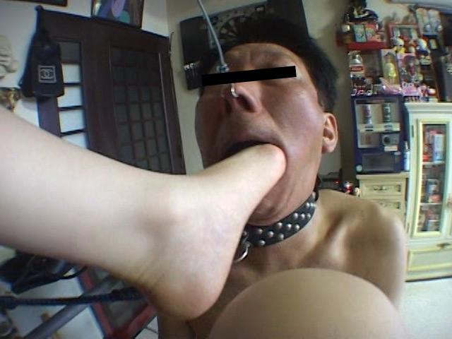 ドSな24歳OLの25.5cmのデカ足から繰り出す超強烈な足ビンタと踏み躙り の画像10
