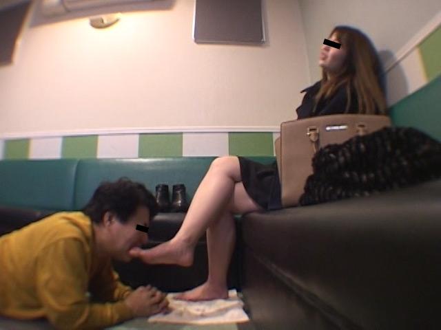 臭いパンスト&ナマ足舐め専門職1 中敷き汚れがシミついた女子大生足 の画像12