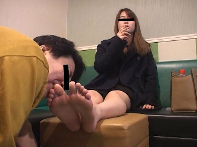 臭いパンスト&ナマ足舐め専門職1 中敷き汚れがシミついた女子大生足 の画像15