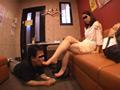 仕事後の足の汚れ舐め取り職人0-5