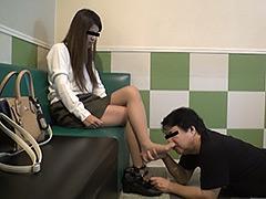 働くレディース専用人間足洗浄機5