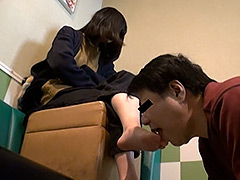 働く女性専用足裏口中洗浄機2