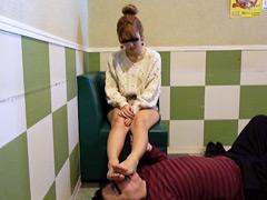 働く女性専用足裏口中洗浄機(8) 可愛いブライダルヘアメイクの足