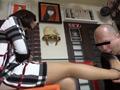 変態男をヒールとパンストで懲らしめる美人管理栄養士のサムネイルエロ画像No.2