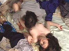 げ!AV女優がホームレスに犯される