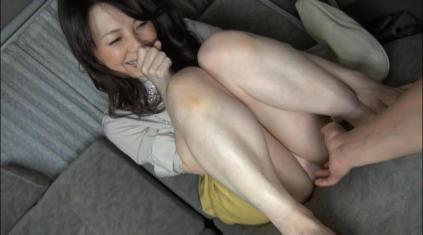 実在する無垢な熟女の恥じらいEXPRESS3サンプルD1