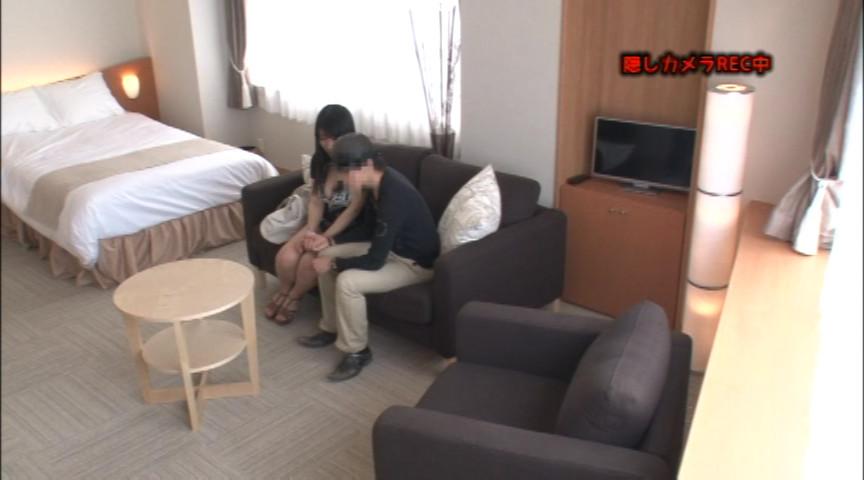 寝盗られカップルナンパ 緊張感MAX!!のサンプル画像