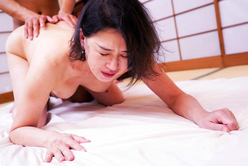 IdolLAB | hot-1769 地味なおばさんがどんなふうに乱れるのか 8時間