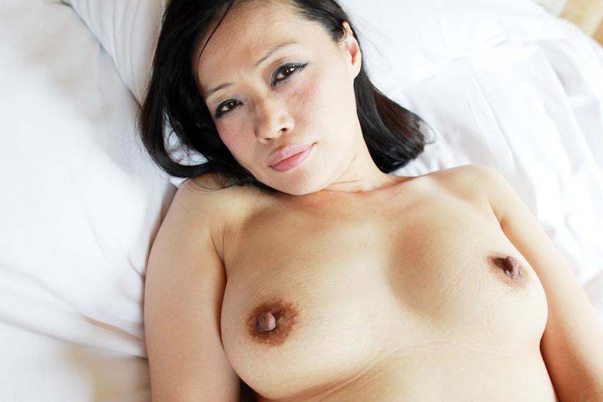 IdolLAB | hot-1778 裏フル勃起デカ乳首熟女3 マニアが厳選した垂涎の20名