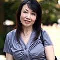 60歳でGカップ柔肌好色未亡人 紗香(60)1|人気の熟女動画DUGA