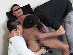 【ゲイ動画】バキバキ6packの腹筋兄貴はリングマラ野郎
