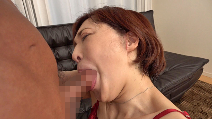 チ○ポを見るすぐに咥えちゃう潮吹き蛇舌熟女 カスミ 画像10