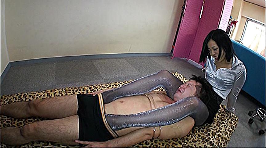 175cm!長身蛇舌フェ痴女 YUI 画像 1
