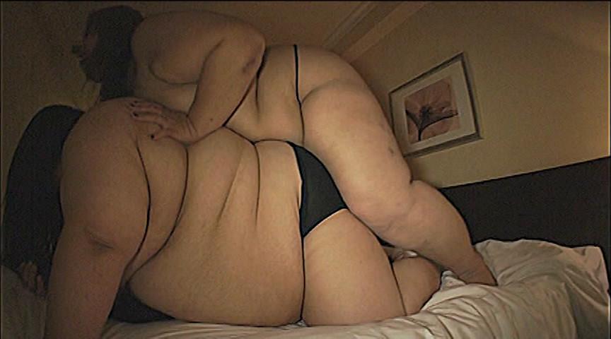 177kgと145kgの女達に犯される男 画像 3