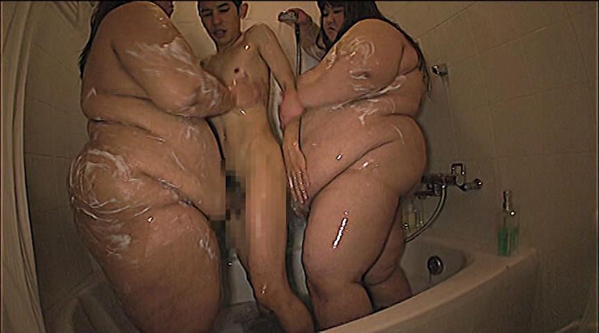 177kgと145kgの女達に犯される男 画像 9