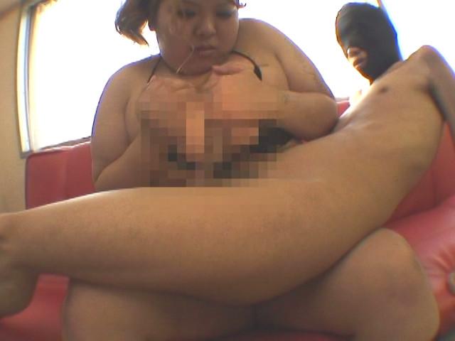 顔面丸飲み満肉BODY 桜木レオ 画像 1