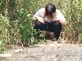 盗撮!野ションの瞬間!!2 ~行列トイレの裏ドラマ~ の画像5