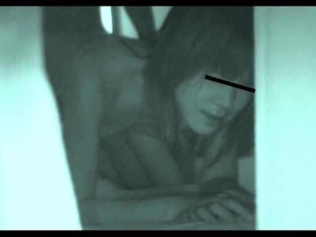 真夏に発情するカップル 赤外線暗視盗撮のサンプル画像