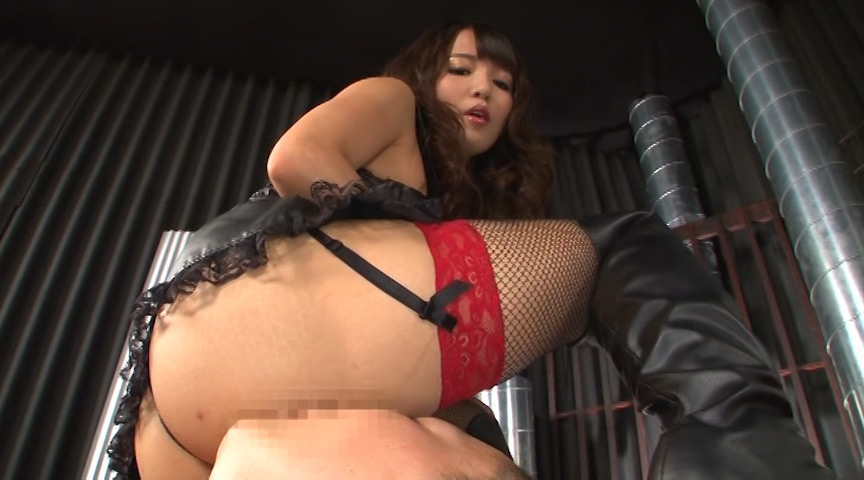巷で噂のM男専用風俗ビルに潜入。2 友田彩也香