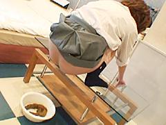 強制排便3 ~浣腸挿入~ 女子校生編