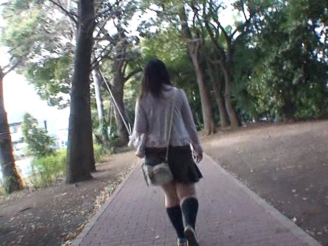 路上強襲スカートめくり!!1 画像 8